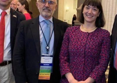 Dr. Vicente Guillem con la Dra. Monica Bertagnolli (presidenta de ASCO)