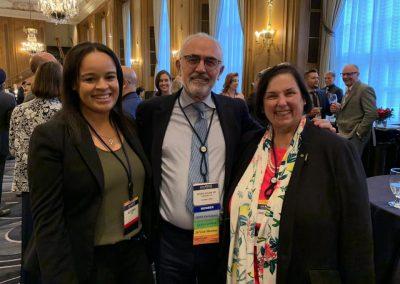 Dr. Vicente Guillem y compañía